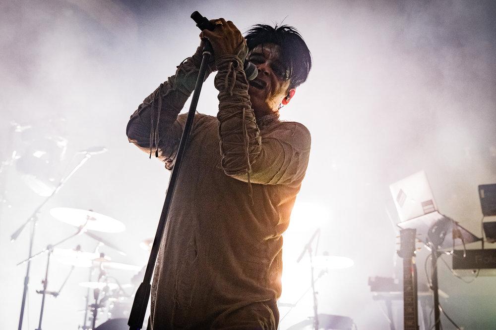 Gary Numan performing at the 9:30 Club in Washington, DC - 12/9/2017 (photo by Matt Condon / @arcane93)