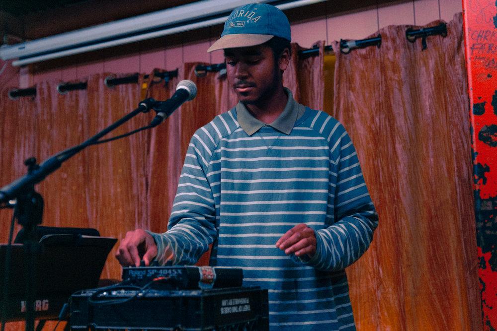 Greenss @ Songbyrd (Photo by Mauricio Castro /  @themauricio )