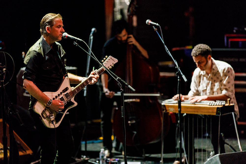 Calexico performing at the Lincoln Theatre in Washington, DC - 4/27/2018 (photo by Matt Condon / @arcane93)