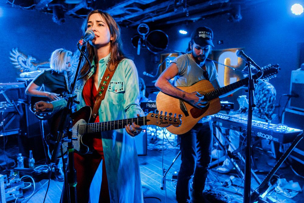 Jess Williamson performing at DC9 in Washington, DC - 5/2/2018 (photo by Matt Condon / @arcane93)