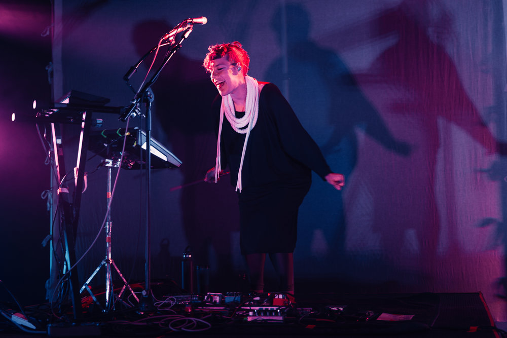 Tune-Yards's Merrill Garbus at 9:30 Club (photo by Mauricio Castro /  @themauricio )