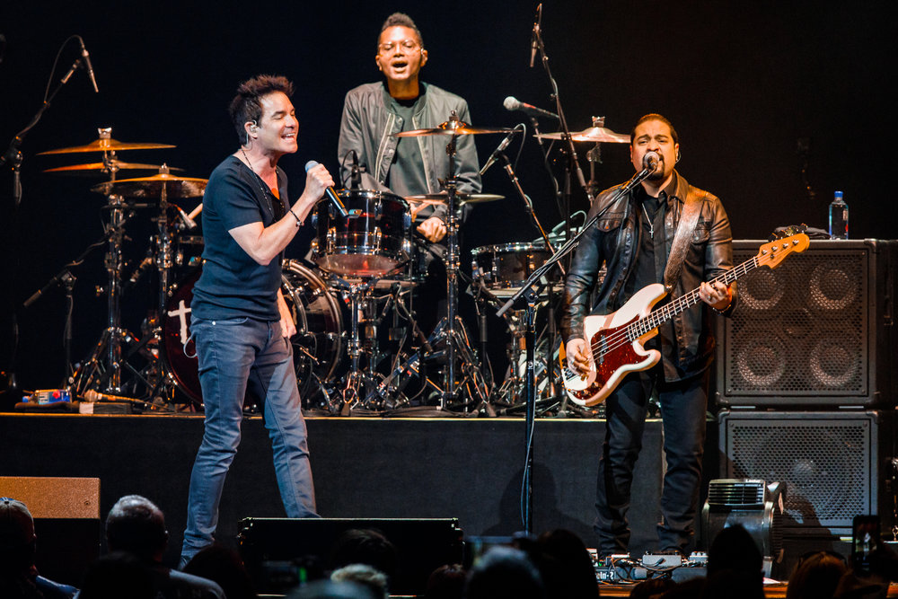 Train performing at Capital One Arena in Washington, DC - 6/11/2018 (photo by Matt Condon / @arcane93)