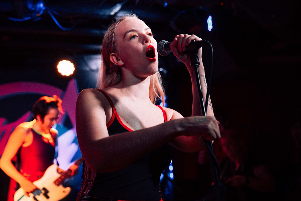 Dream Wife at DC9 (Photo by Mauricio Castro /  @themauricio )