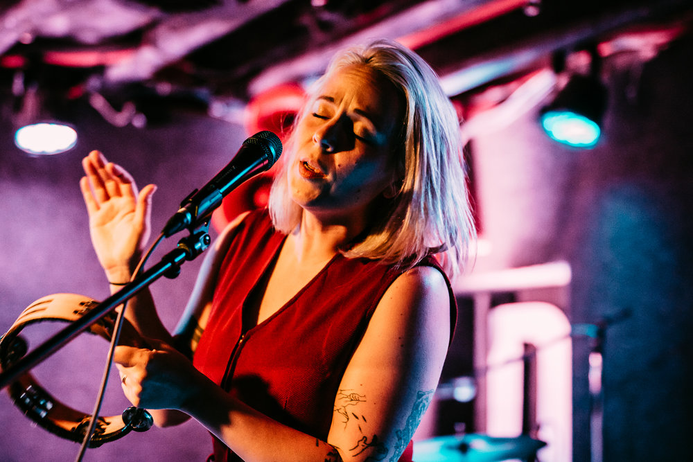 Lauren Zettler of Savoir Adore performing at their recent set at DC9 in Washington, D.C. (Photo by Amanda Molloy /  @street.joy)