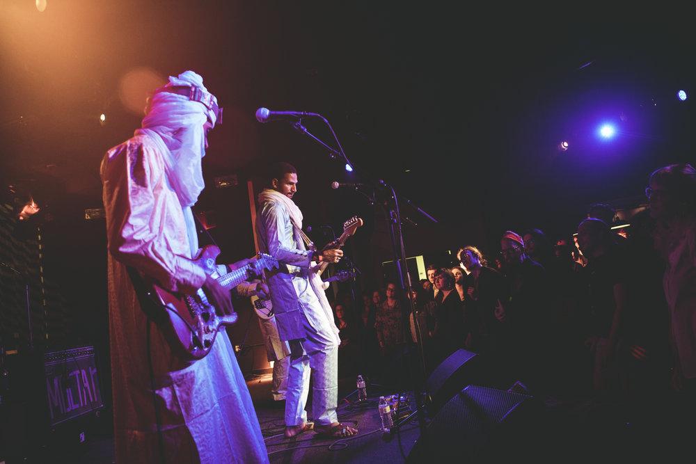 Mdou Moctar at Union Stage (Photo by Lindsay Hogan /  @sulkh0gan )
