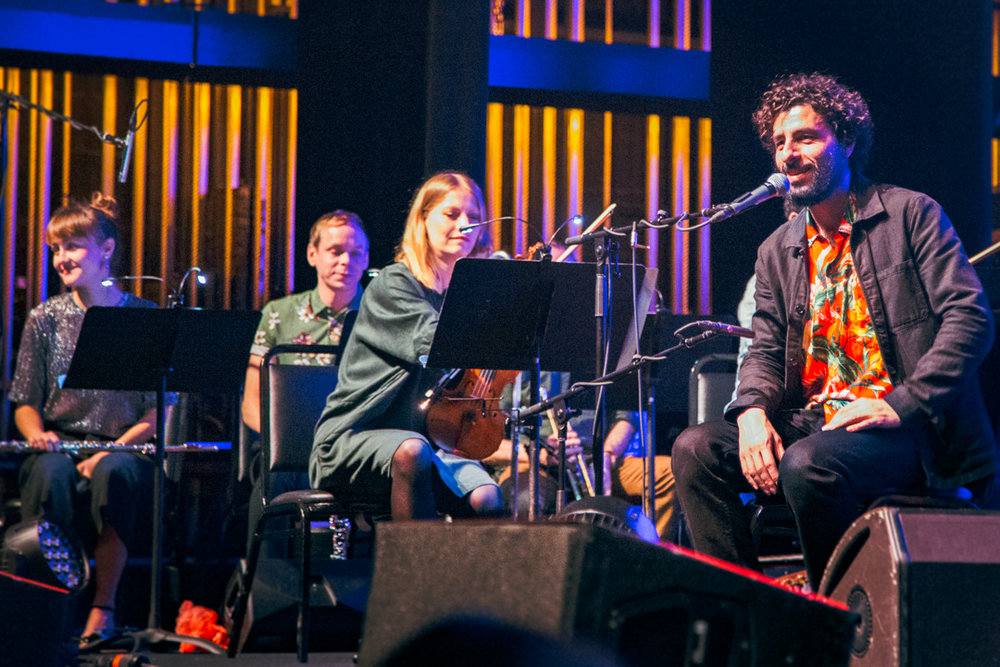 Jose Gonzalez at The Lincoln Theater (Photo by Carolina Correa-Caro)