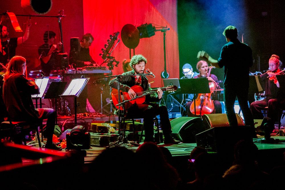 Jose Gonzalez & The String Theory at Lincoln Theatre (Photo by Carolina Correa-Caro /  @veronik.bandw )