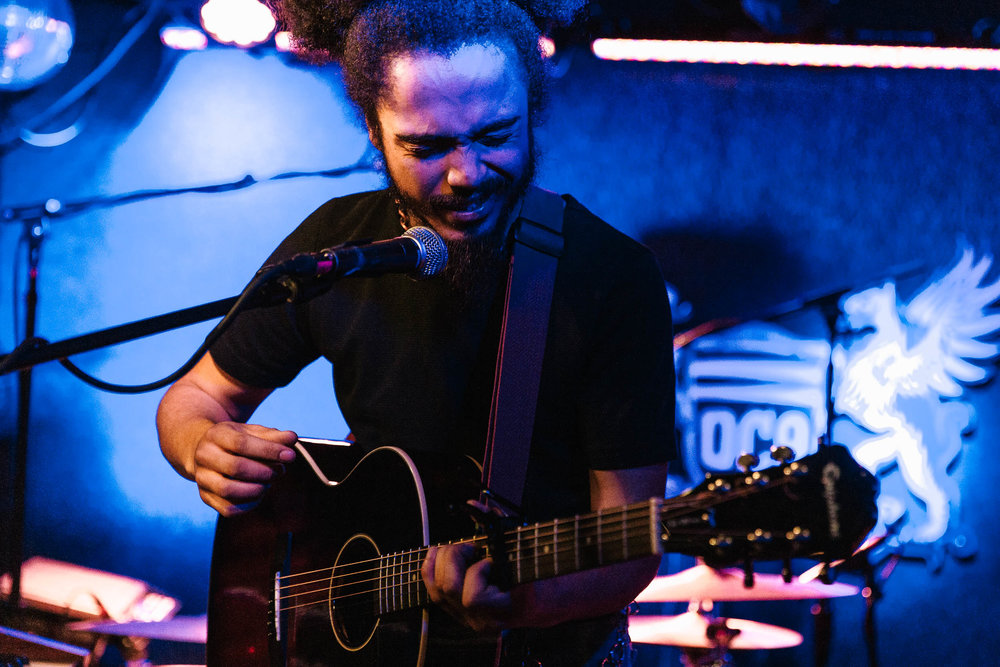 Yves Jarvis at DC9 (Photo by Mauricio Castro)