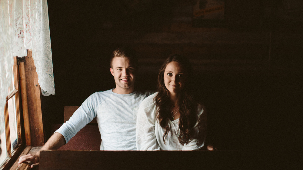 alec_vanderboom_eddy_and_kaytlin_branson_engagement_photos-0003.jpg