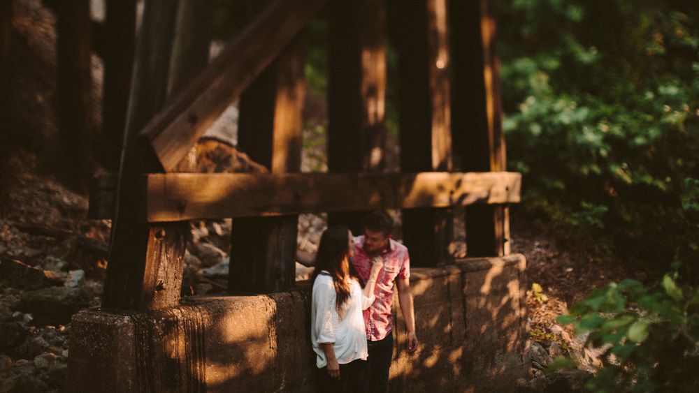 alec_vanderboom_eddy_and_kaytlin_branson_engagement_photos-0005.jpg