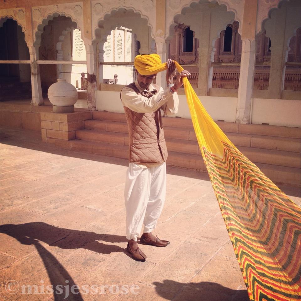 How to wrap a turban, Jodhpur, India