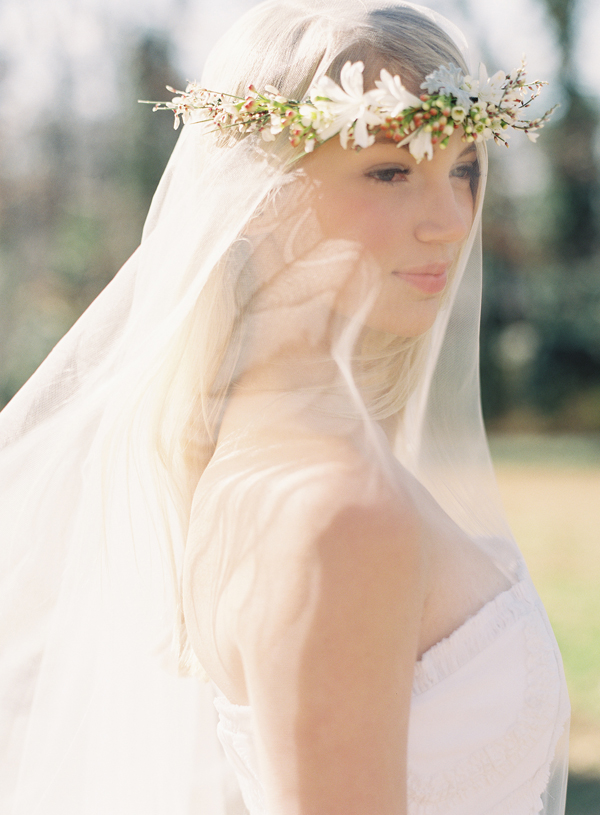 flower-crown-wedding-veil.jpg