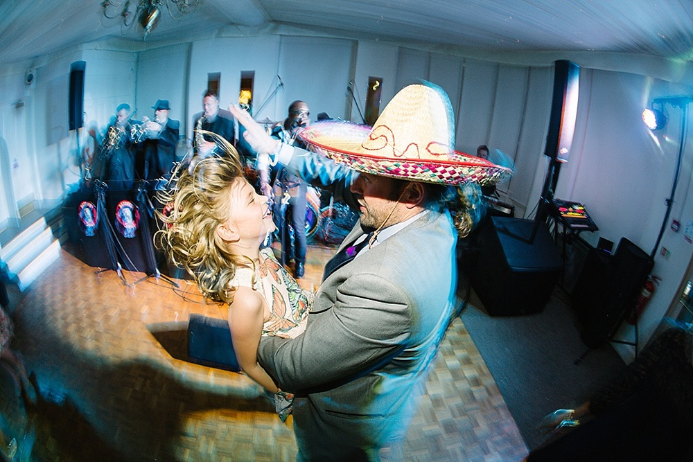 crazy dancing warwick  house wedding