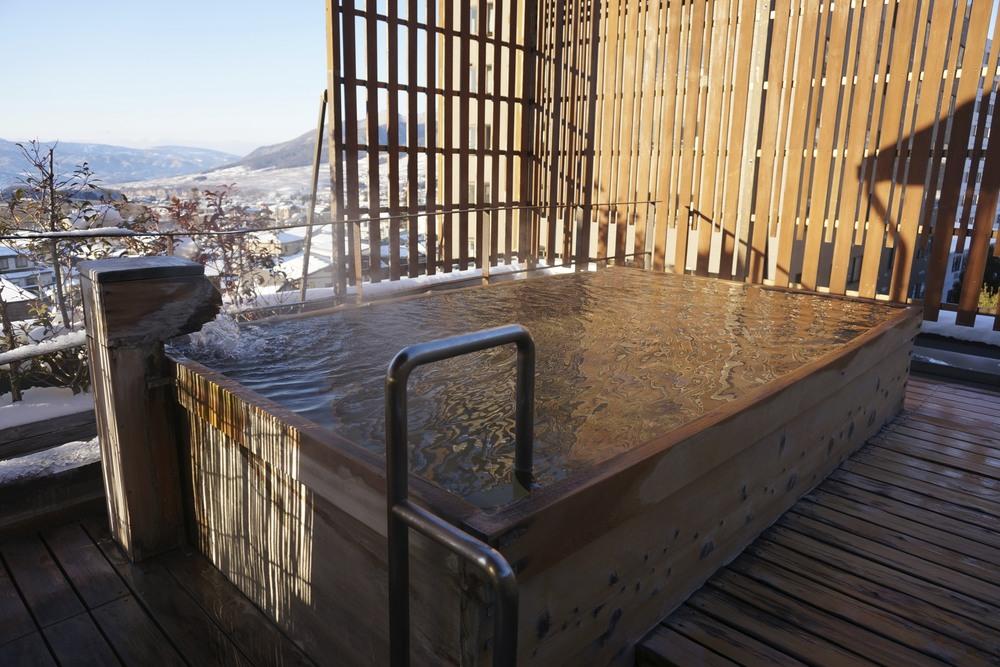Hotel Tsubakino, Yudanaka – Outdoor onsen pool