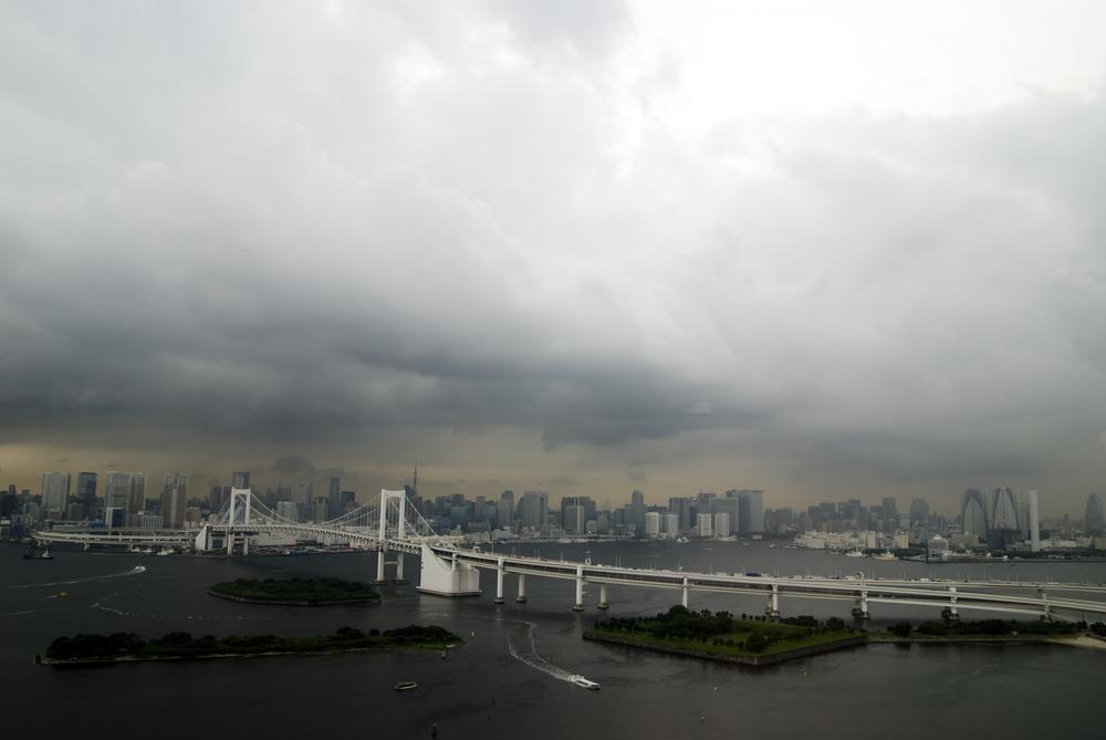 Rainbow Bridge, seen from the Fuji TV building
