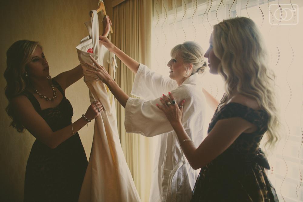 weddingphotographyvenicebeachthevictorianbridegroomsantamonica-24.jpg