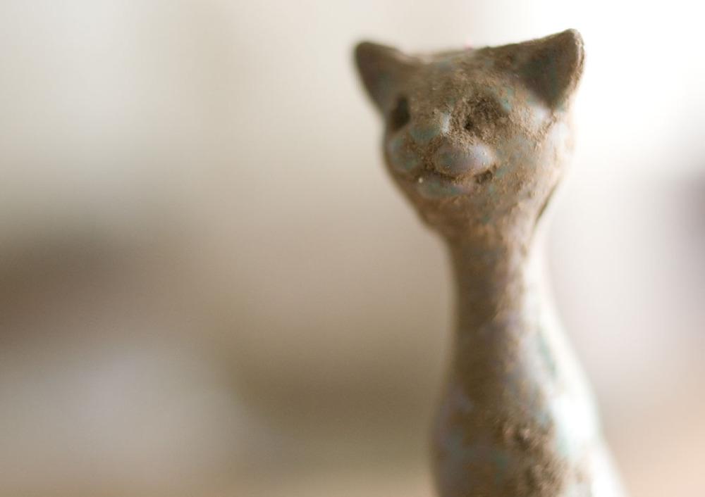 toycat2.jpg