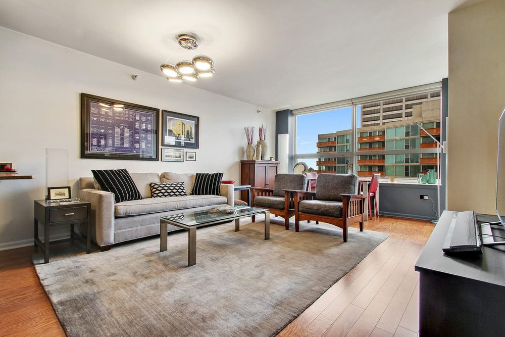 Tailored Pied-A-Terre