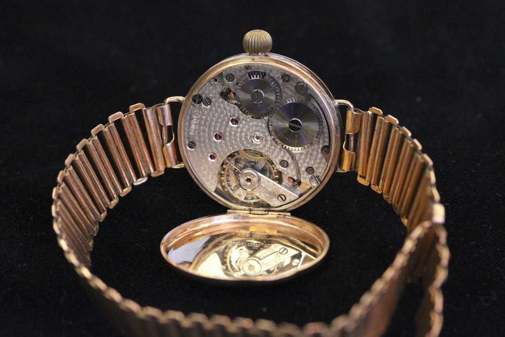 Inside The Unidentified Watch