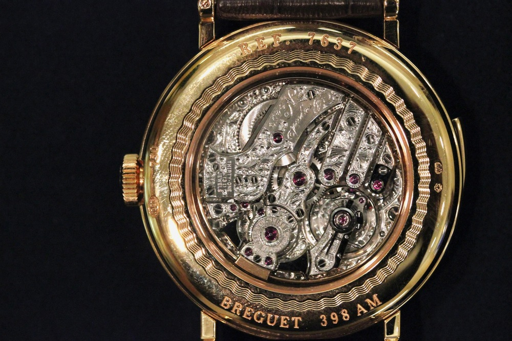 The Amazing Movement With Filigree Decoration