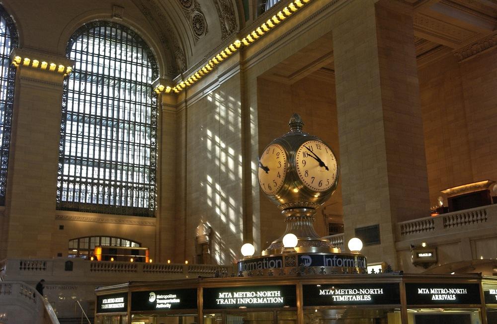 Grand_Central_Terminal_clock_2.jpg