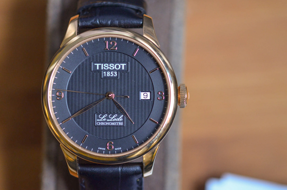 A Closer Look At The Le Locle Chronometer's Dial