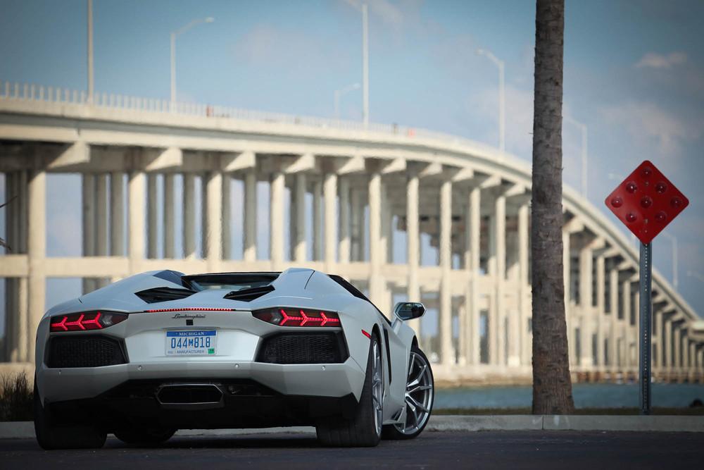LamborghiniAventadorRoadster-39.jpg