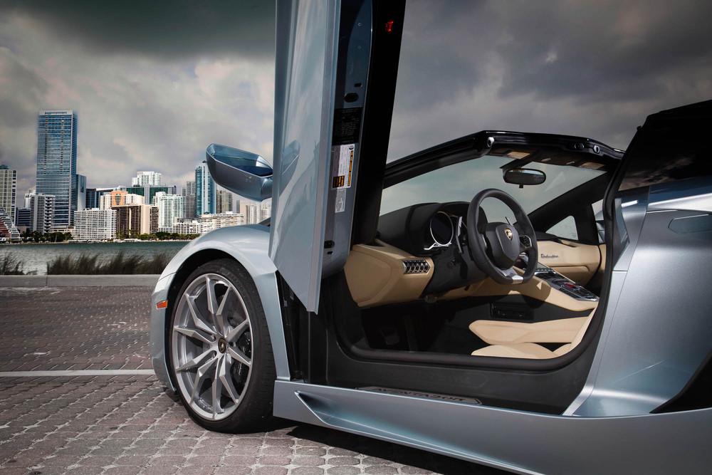 LamborghiniAventadorRoadster-37.jpg