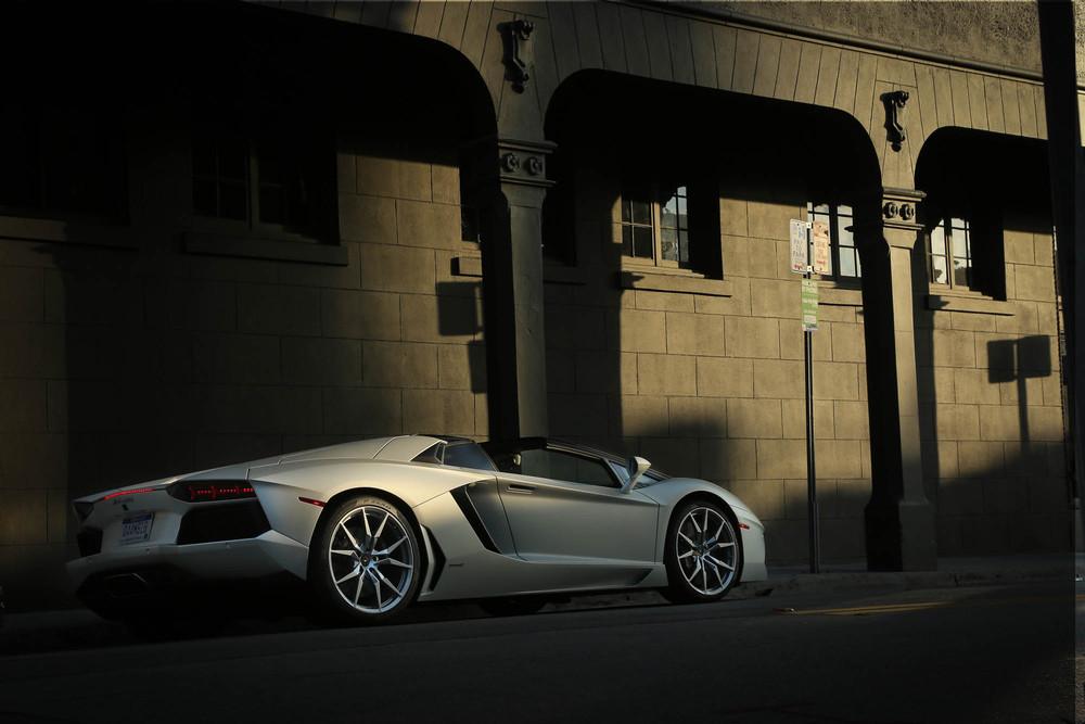 LamborghiniAventadorRoadster-32.jpg