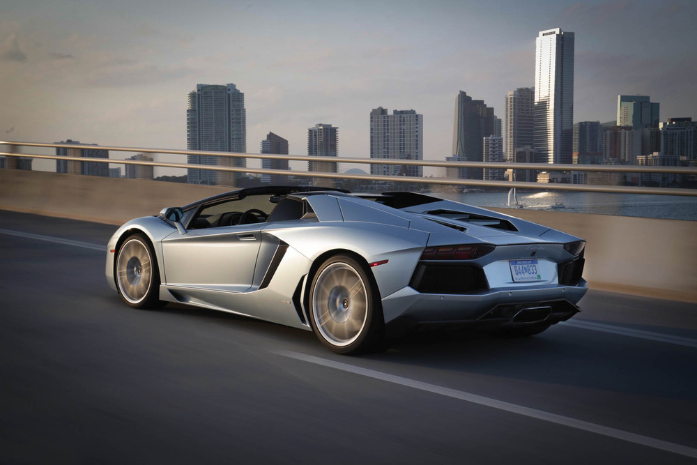 LamborghiniAventadorRoadster-26.jpg