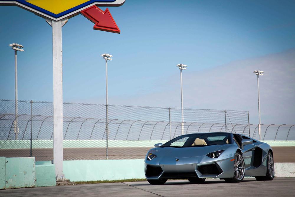 LamborghiniAventadorRoadster-23.jpg