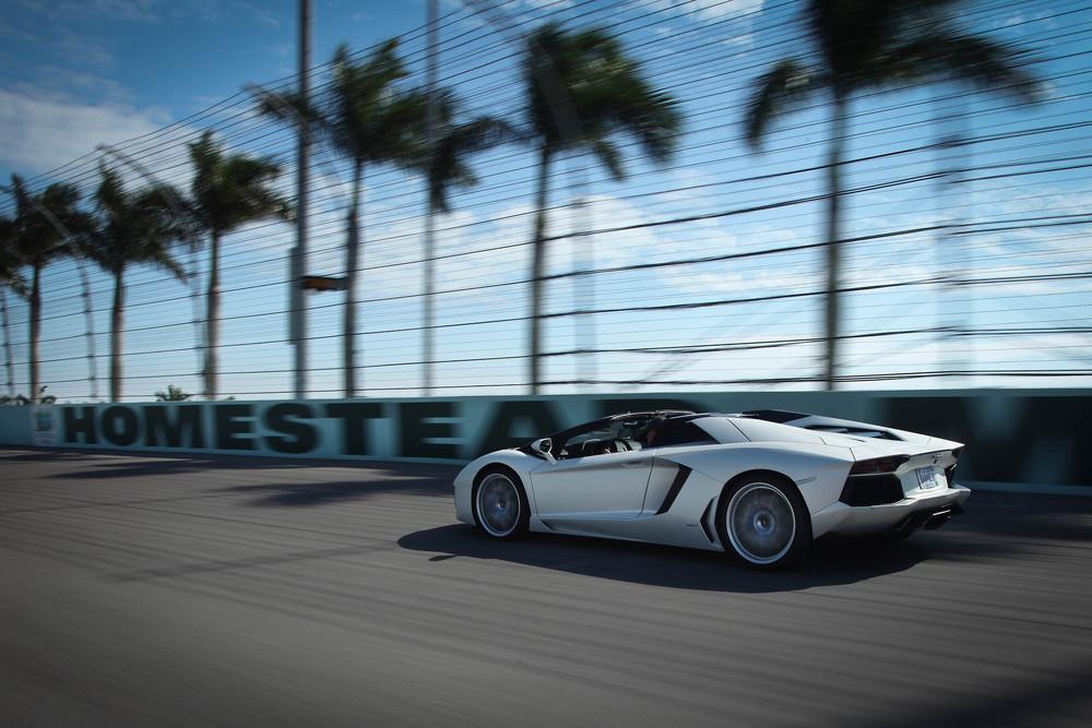LamborghiniAventadorRoadster-15.jpg