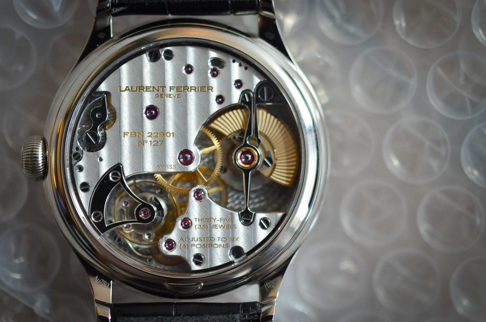The Galet Micro-Rotor's Stunning Movement