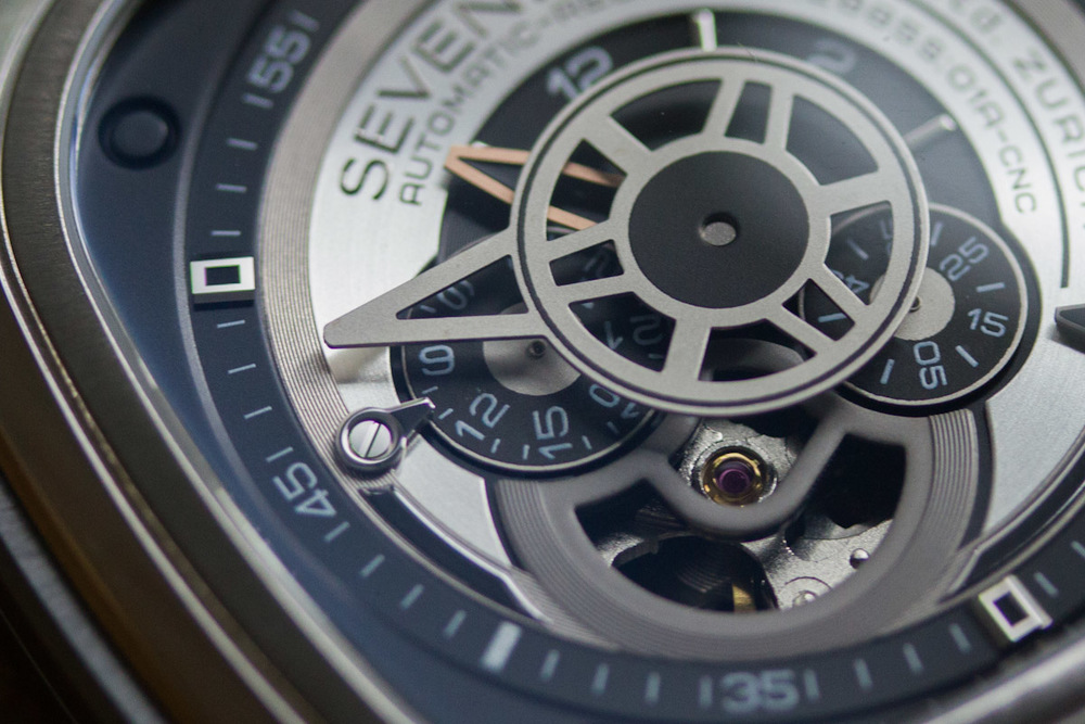 Details On The SevenFriday P1's Dial