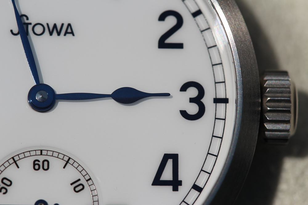 Hands and dial close up.JPG
