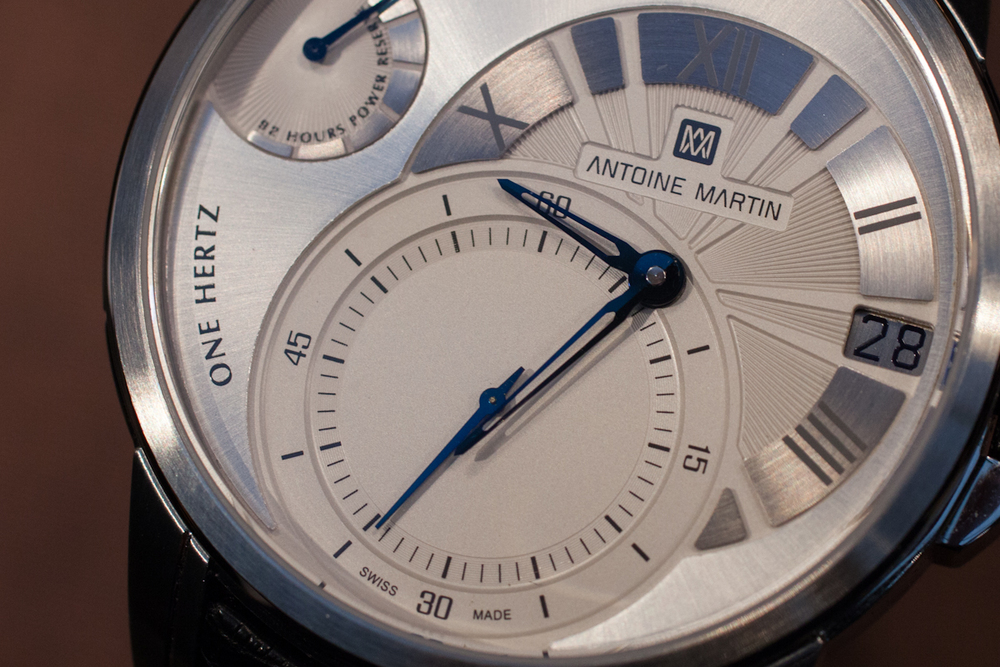 A Closer Look At The Slow Runner's Dial