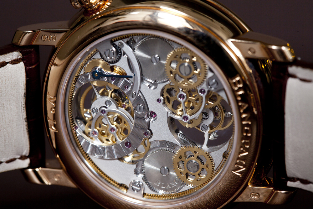 The Calibre 2322 Movement