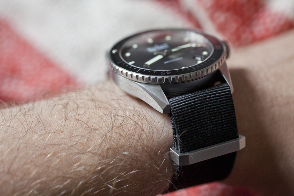13.4mm Thick 43mm Case With Faceted Lugs And NATO Strap