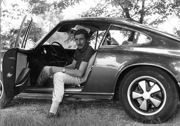 Jo Siffert, his Heuer Autavia, and his Porsche 911. What more do you need?