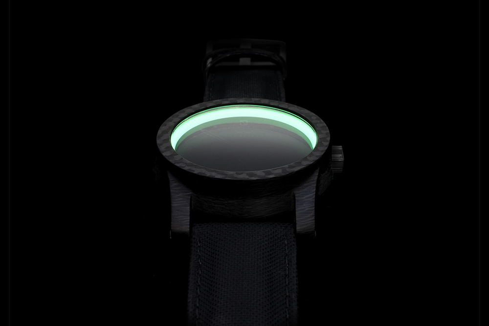 Bright Moonglow Ring in Morta Carbon Case