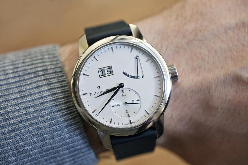 Zeitwinkel 273° On The Wrist