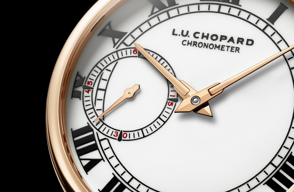 Porcelain-style Dial With Sub-Seconds at 9 o'Clock