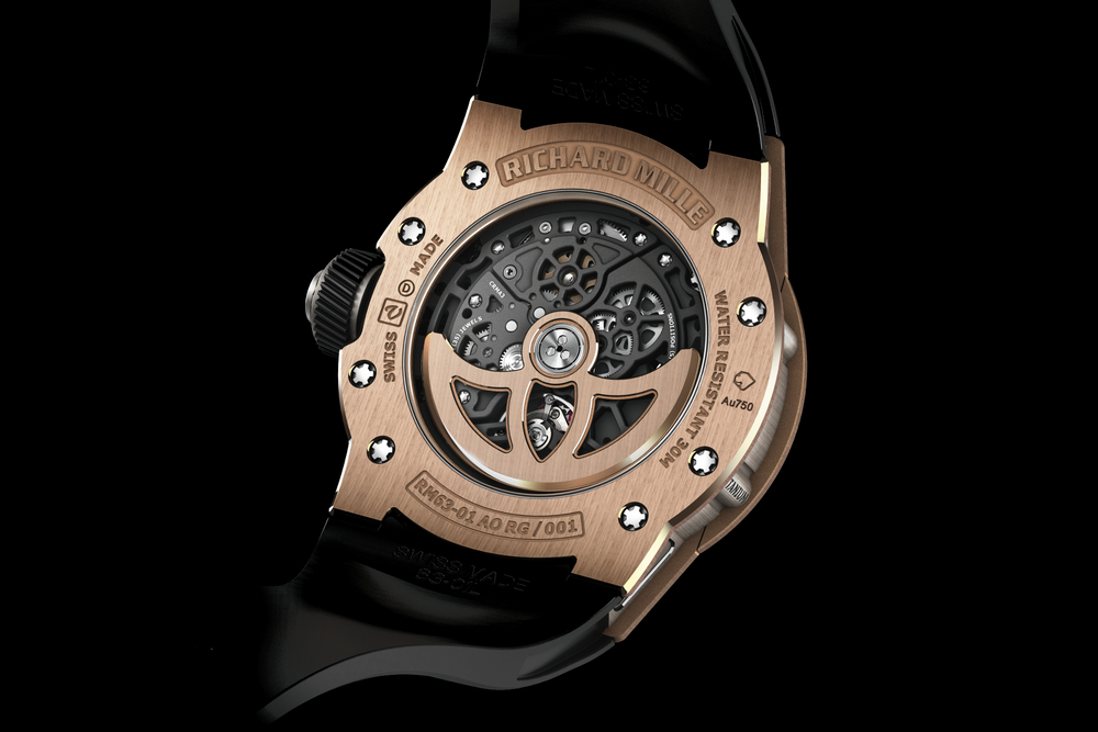 In-house automatic Calibre CRMA3 through the sapphire crystal case back