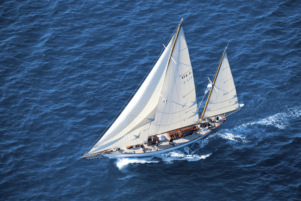 The Eilean participants in gatherings of the Panerai Classic Yachts Challenge.