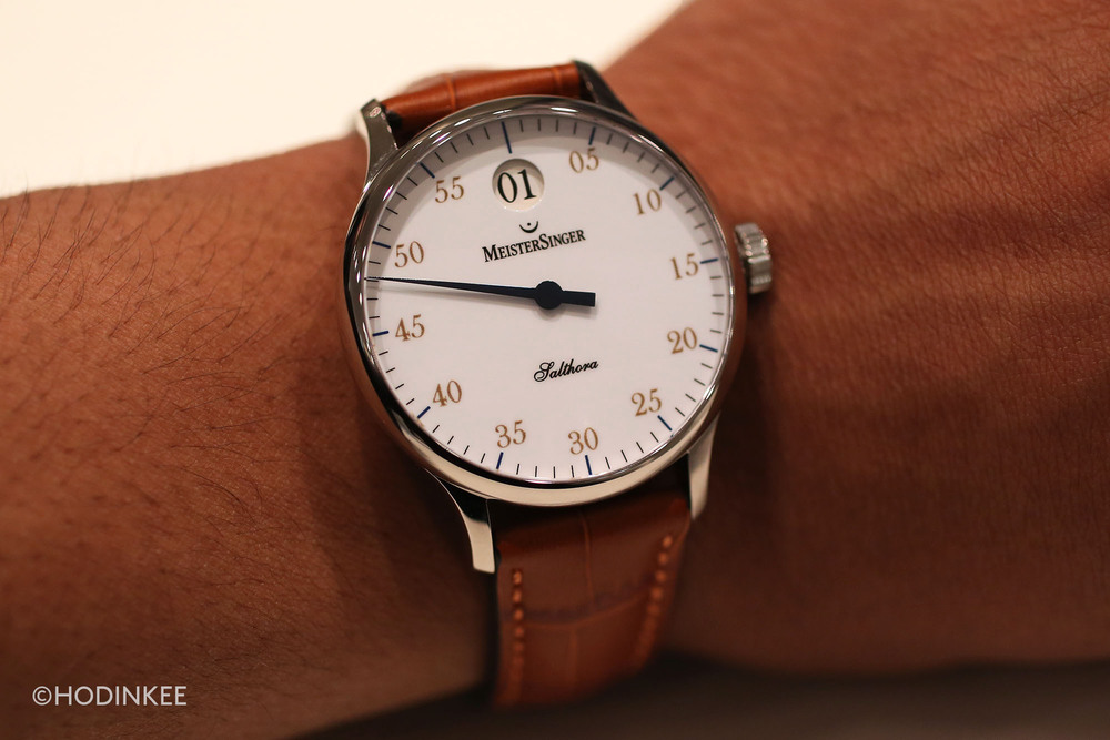 The 40mm stainless steel case features elegantly sloped lugs.