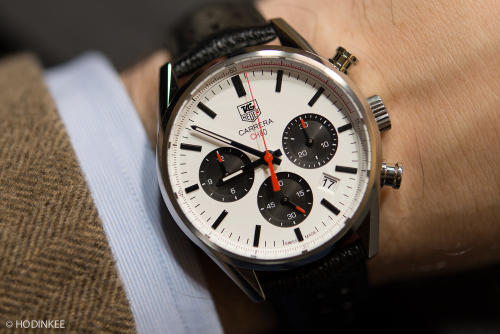 The new TAG Heuer Carrera 41mm uses Calibre CH80, an in-house automatic chronograph movement released last year.