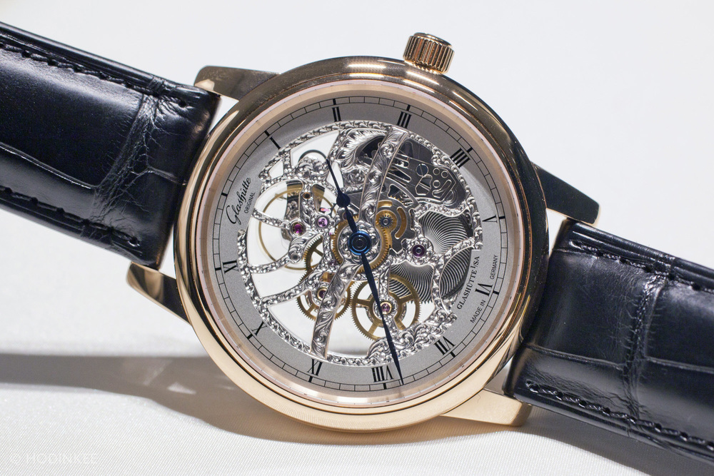 GlashutteSenatorSkeletonized_03.jpg