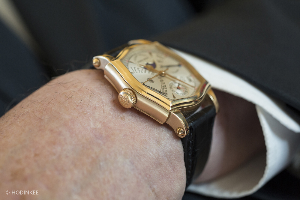 The 37mm case sits elegantly on the wrist.