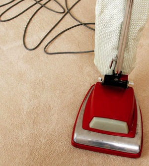 vacuum-carpet-home-clean-floor-450jn042910.jpg