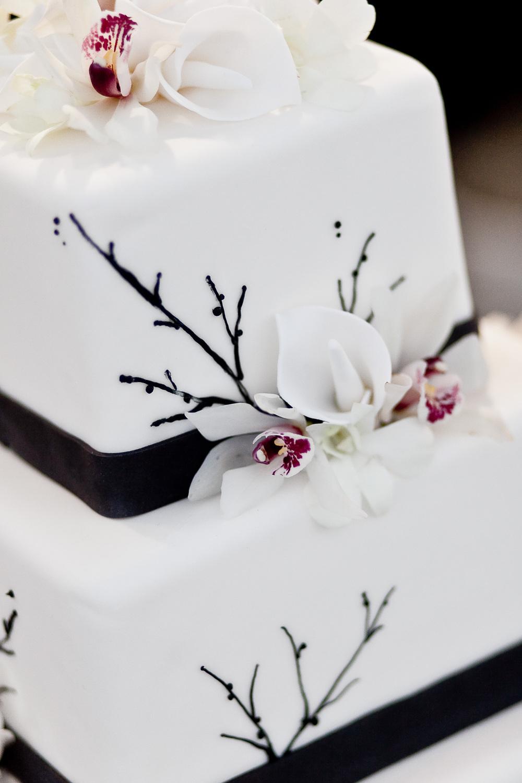 Black & white cake.